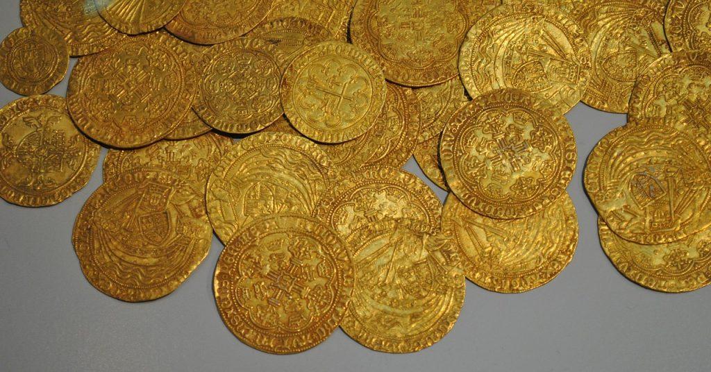 Gold Münzen und Dukaten