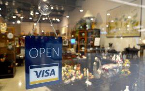 Foto von Geschäft wo man mit einer Prepaid-Kreditkarte zahlen kann